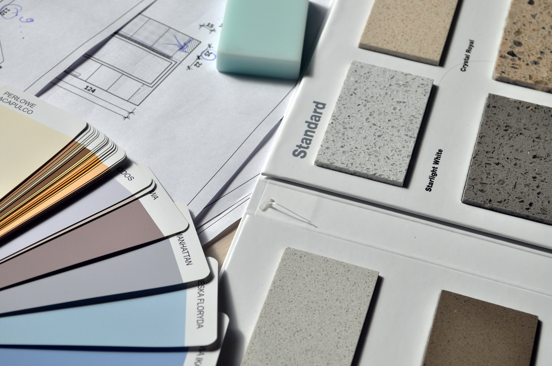 The benefits of hiring an interior designer or decorator